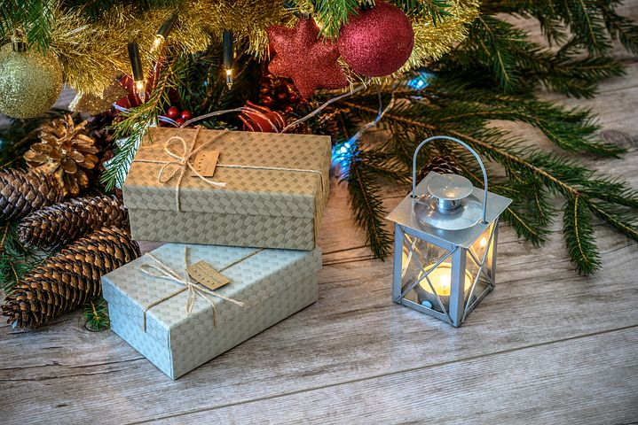 Some Christmas gifts will help in the home care of Alzheimer's and Dementia