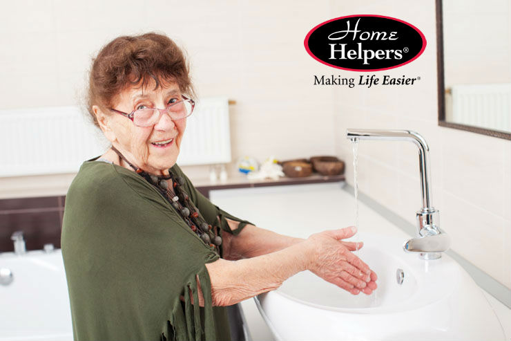 10 Tips for Helping Seniors with Personal Hygiene